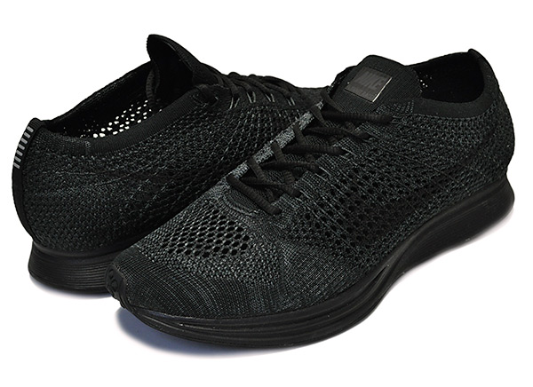 cde2b5aadd3668c8d1649d63647cd66b - Nike Flyknit Racer 全黑 黑武士 情侶 飛線 針織  526628-009