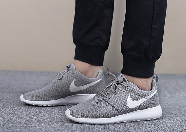 cfdae874d6e06515f4203a443c839ad6 - Nike 男鞋2018新款運動鞋ROSHE ONE低筒 輕便 休閑跑步鞋511881