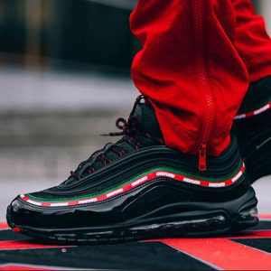 00ae5318bdfe746d 300x300 - Nike Air Max 97 OG/UNDFTD 黑紅綠 古馳 聯名 情侶款 AJ1986 001