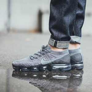 07aa2fe11e7ad4b7 300x300 - Nike Air Vapormax 冷灰 全掌大氣墊 跑鞋 情侶鞋 899473-005