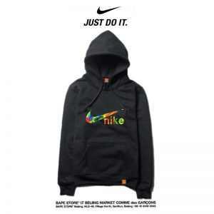 42cef68cfead45d8 300x300 - Nike 薄款 衛衣 寬鬆 長袖 套頭 情侶款 黑色 印花字勾