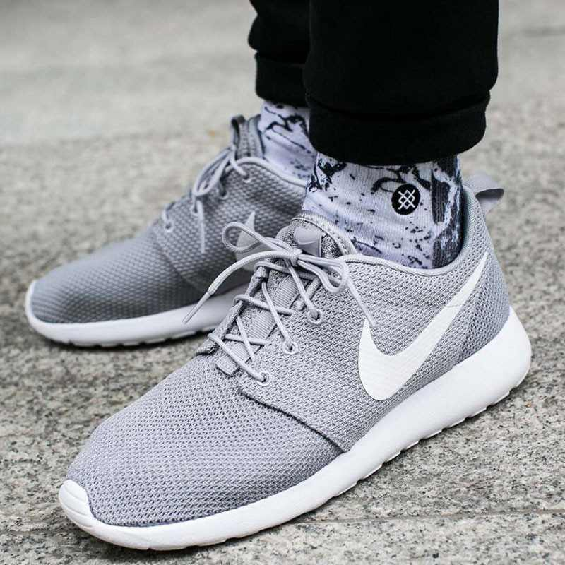 Nike 男鞋2018新款運動鞋ROSHE ONE低筒 輕便 休閑跑步鞋511881