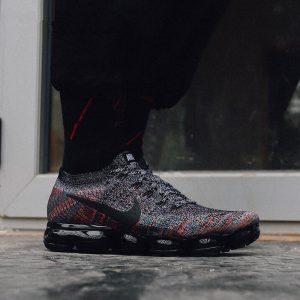 765b3402790f8b2d 300x300 - NIKE AIR VAPORMAX CNY 漸變 黑 男女鞋 849558-016