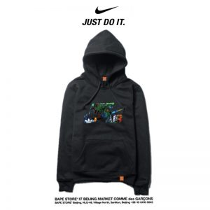 94518bc016a56356 300x300 - Nike 薄款 寬鬆 長袖 套頭 衛衣 情侶款