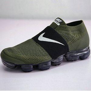 a8ded096ecfc3beb 300x300 - 男女鞋Nike Air VaporMax Laceless 2018無系帶套腳系列蒸汽大氣墊跑鞋 軍綠黑白勾 883275-300