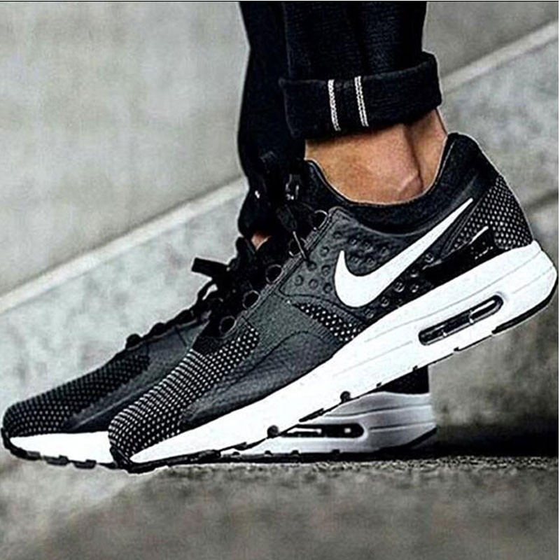NIKE AIR MAX ZERO ESSENTIAL 876070-004 黑 男款