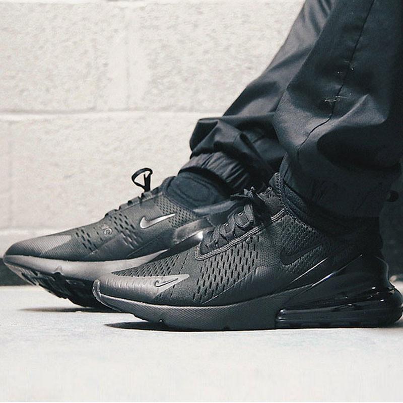 男女鞋 Nike Air Max 270系列後跟半掌氣墊慢跑鞋 Triple Black 全黑 AH8050-001