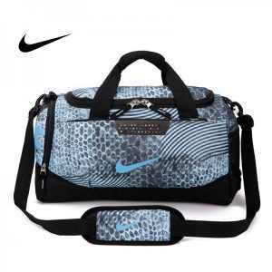 0fd37e2c66eedb94 300x300 - Nike 手提包 旅遊包 大容量 健身包 天藍色 單肩包 寬52*高30*厚24