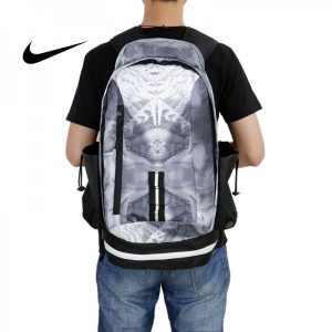 362525e2bc4c7060 300x300 - Nike kobe 夜光版 雙肩包 籃球包 學生書包 帆布 灰色 時尚百搭 寬30*高47*厚22
