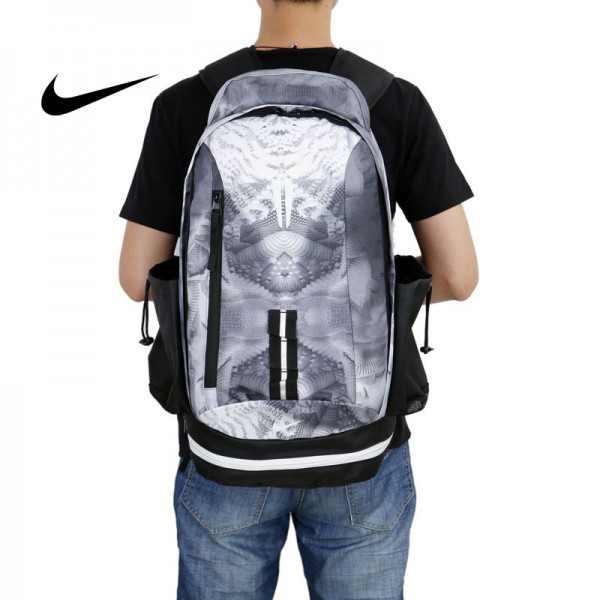 Nike kobe 夜光版 雙肩包 籃球包 學生書包 帆布 灰色 時尚百搭 寬30*高47*厚22