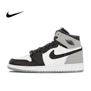 "68d224c785cb121a 300x300 - Air Jordan 1 Retro High OG BG ""Barons"" - 575441 104 籃球鞋 黑白灰 男鞋"