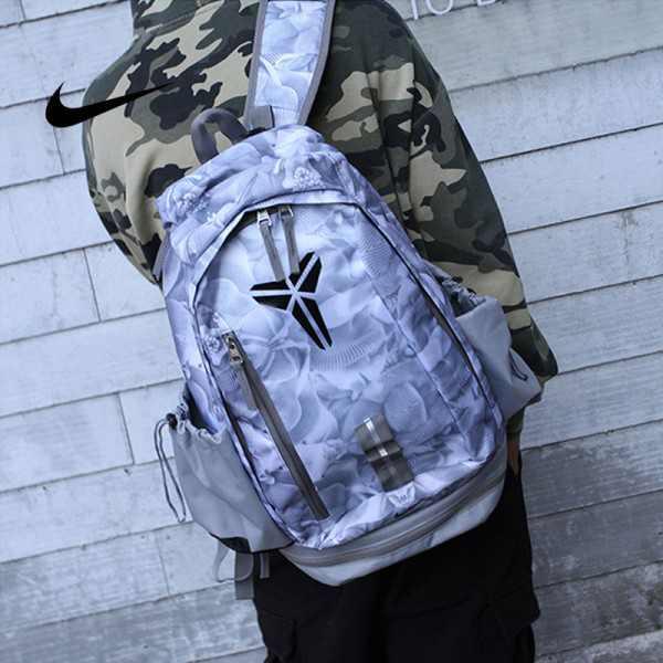 羽毛款科比 Nike Kobe 籃球包 大容量 雙肩包 旅行包 學生書包 鞋袋包 灰白 49*27*19