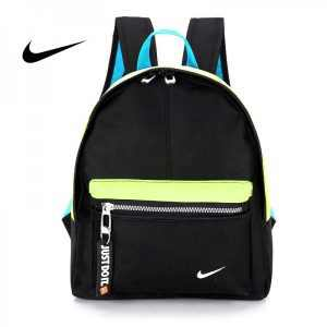 92e2de61aee28aa7 300x300 - Nike 迷妳後背包 男童 女童 書包 小背包 黑藍綠