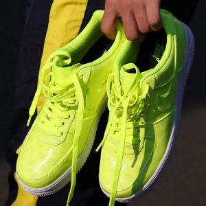 230bff9122a316a6 300x300 - Nike Air Force 1 空軍一號 變色亮面 電光綠 情侶款 休閒板鞋-超熱賣❤️