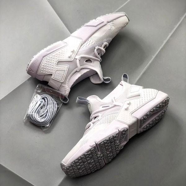 Nike Air Huarache華萊士 甲卡面跑步鞋 白色 情侣款 休閒-新品駕到❤️