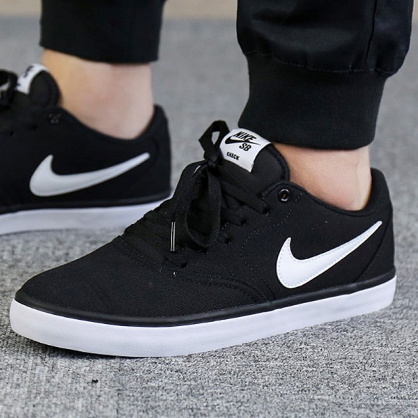 Nike SB 輕便 透氣 休閑板鞋 男款 黑色 時尚 百搭-最高品質❤️