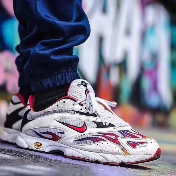 Supreme x Nike Zoom Streak Plus 火焰 經典 跑鞋 情侶款 白紅-獨家發售❤️