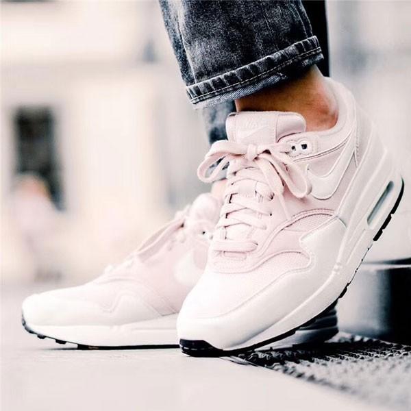 Nike Air Max 1 Barely Rose 櫻花粉 女子氣墊跑鞋 休閒 百搭-熱銷推薦❤️