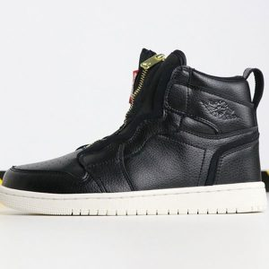 01ac6e0b7f63e0c8 300x300 - Air Jordan 1 Retro High Zip  Triple Black AQ3742-016 喬1高幫拉鏈黑白男女款