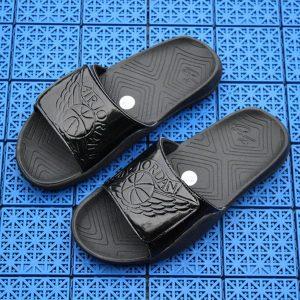214fc2e74b5bc124 300x300 - Air Jordan 喬丹系列拖鞋  AJ拖鞋 喬2拖鞋 喬3拖鞋 喬4拖鞋 喬5拖鞋 喬7拖鞋 喬11拖鞋 喬6白藍