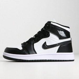 240fa5b2fa74773a 300x300 - 喬登1代高幫童鞋系列 Air Jordan 1 喬1黑白 28-35