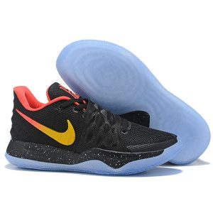 273e4992637a69ff 300x300 - Nike Kyrie4 Low 厄文4 綁帶 低幫 實戰 男子 籃球鞋 黑色 運動必備 新品❤️