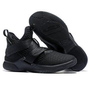 2acf7c57d071eaf6 300x300 - LeBron Soldier XII 詹姆斯 戰士 12代 士兵 籃球鞋 全黑色 透氣 舒適 超熱賣❤️