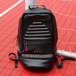 5f1dcb40afade092 300x300 - Air Jordan雙肩包 旅行包 休閑包 背包 喬丹包 喬丹書包 喬丹背包 喬3背包 喬3書包 喬丹3代書包 喬丹3代背包 喬丹3代黑水泥雙肩包