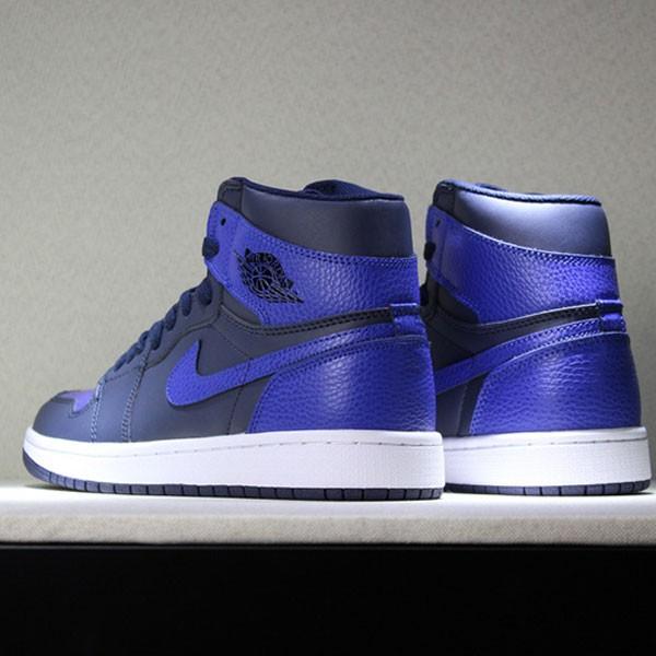 8a428303f2acfcd4 - Air Jordan 1 Pairs Obsidian And Royal 男子籃球鞋