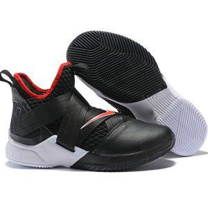 c4b9f0a1e16ddbc4 300x300 - LeBron Soldier XII 詹姆斯 戰士 12代 士兵 籃球鞋 男款 黑色 經典款 新品❤️