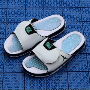 fd12b2a261cacf9a 300x300 - Air Jordan 喬丹系列拖鞋 AJ拖鞋 喬2拖鞋 喬4拖鞋 喬5拖鞋 喬7拖鞋 喬11拖鞋 喬11拖鞋變色龍男款