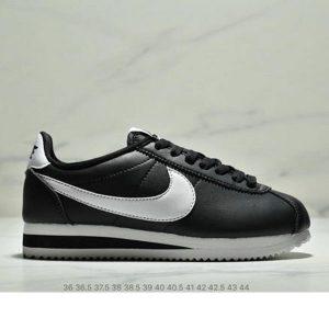13b15ddb32f14145 300x300 - Nike Classic Cortez Betrue 阿甘 復古跑鞋 情侶款 黑白