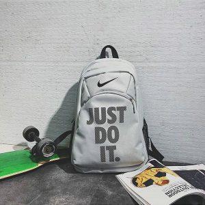 1bc12c7cbff8cf23 300x300 - Nike Just Do It 雙肩包 情侶揹包 休閒學生書包 灰色