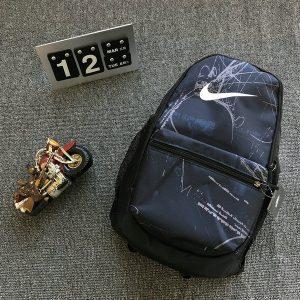 3ceaed9bafcd50de 300x300 - Nike 無規則塗鴉 高品質現貨出 休閒運動揹包 大容量雙肩揹包 黑色
