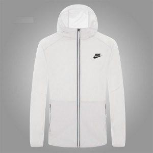 86d719662b8d9ff5 300x300 - Nike 男夏季面板衣超薄透氣男士防晒服外套戶外釣魚面板風衣
