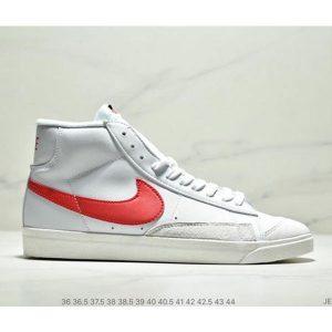 a4de413b53143e6d 300x300 - NIKE BLAZER MID  77 VNTG012613 高幫開拓者頭層皮經典板鞋 情侶款 白紅寶藍