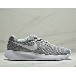 a68fa1a29b523e4a 300x300 - Nike Wmns Tanjun SE 倫敦三代 尼龍韌性透氣網面 男女鞋 灰色