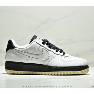 c208efe12675b393 300x300 - Nike Air Force 1 Low '07 黑白經典 Square 情侶款