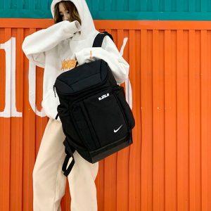 cd570d1540a50e0a 300x300 - Nike Air Jordan雙肩包 喬丹13代揹包 AJ喬13書包 男女休閒運動包 經典黑白熊貓配色
