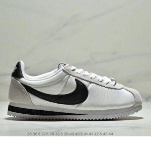 e026eeb327ecff15 300x300 - Nike Classic Cortez Betrue 阿甘 復古跑鞋 情侶款 白灰黑