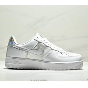 fcbae862c3253da7 300x300 - Nike Air Force 1 Low 07 低幫空軍一號休閒板鞋 新款鐳射雙勾 男款 白色